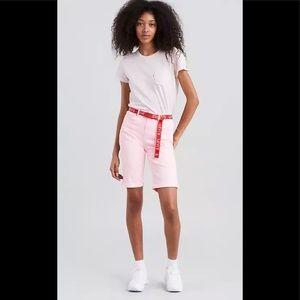 NWT Levi's mid rise pink Bermuda shorts Sz 10